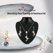 Moondrop Pearl Earnings & Necklace Set