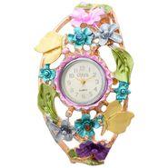 Branded Round Dial Bracelet Diamond Wrist Watch_Mgw01 - White