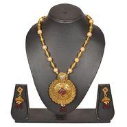 Pourni Stylish Brass Necklace Set_PRNK109 - Golden