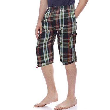 Delhi Seven Cotton Checks Capri For Men_D7Cg06 - Multicolor