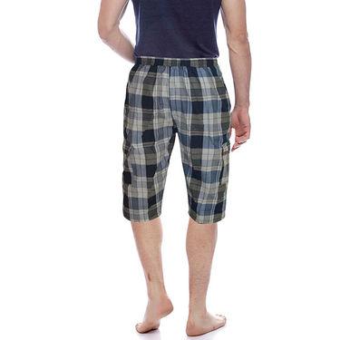 Delhi Seven Cotton Checks Capri For Men_D7Cg015 - Multicolor
