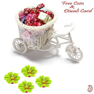 Aapno Rajasthan Smart cane cycle Basket with Home made Chocolates