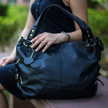 Arisha Women Handbag Black -Lb211