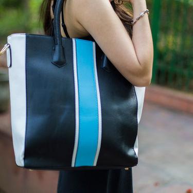 Arisha Women Handbag Black -Lb223