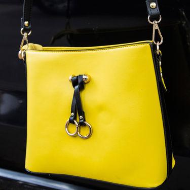Arisha Women Slingbag Yellow -Lb267
