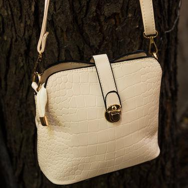 Arisha White Handbag -LB 354